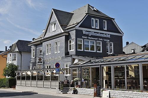 """Hotel und Restaurant """"Vergißmeinnicht"""" in Oberhof"""